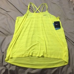 NWT dri-fit tank